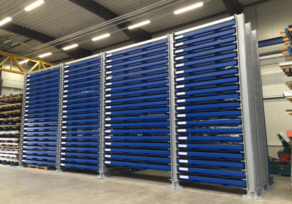 Capacity expansion of sheet metal storage system by cassette racks for metal sheets