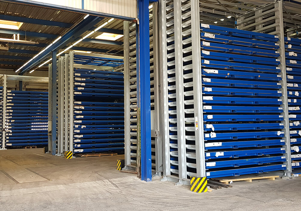 Cassette sheet metal storage system installed in multiple rows with multiple aisles