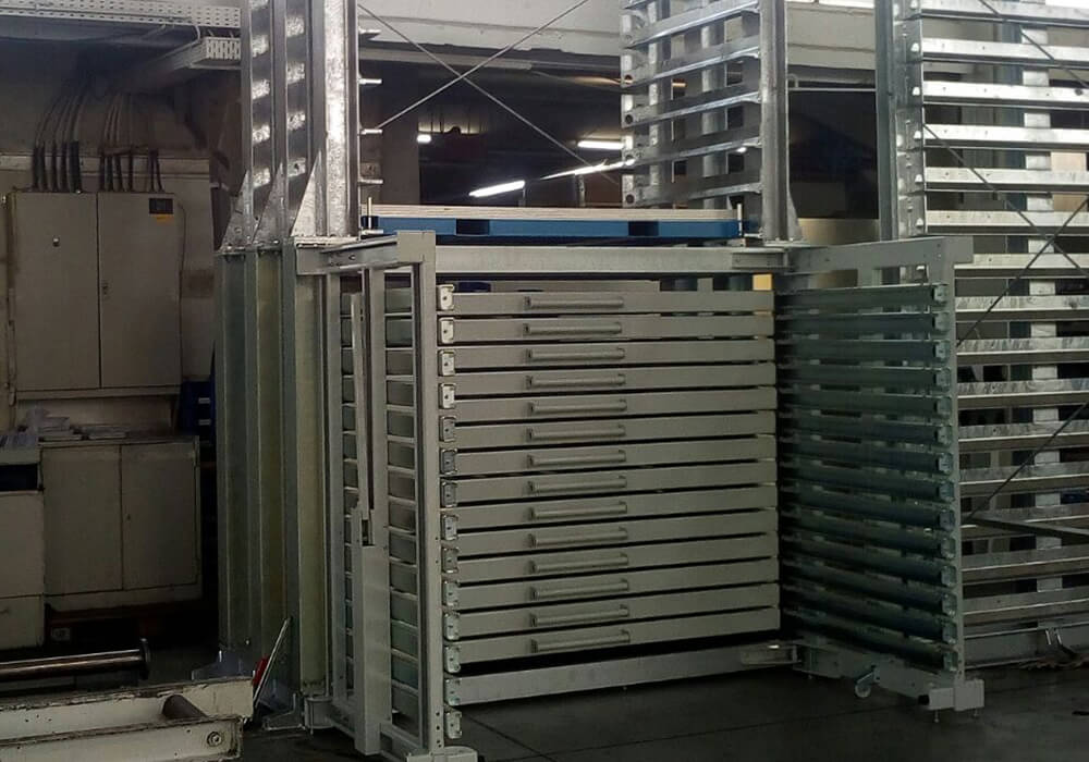 Drawer storage system as sheet metal storage systems for small format plates and metal sheet packages